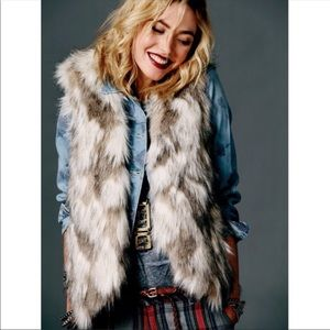 Free People Call of the Wild Faux Fur Vest Sz S